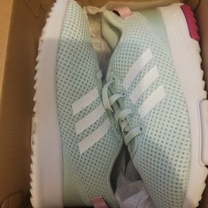 Toddler Shoes Adidas size 10